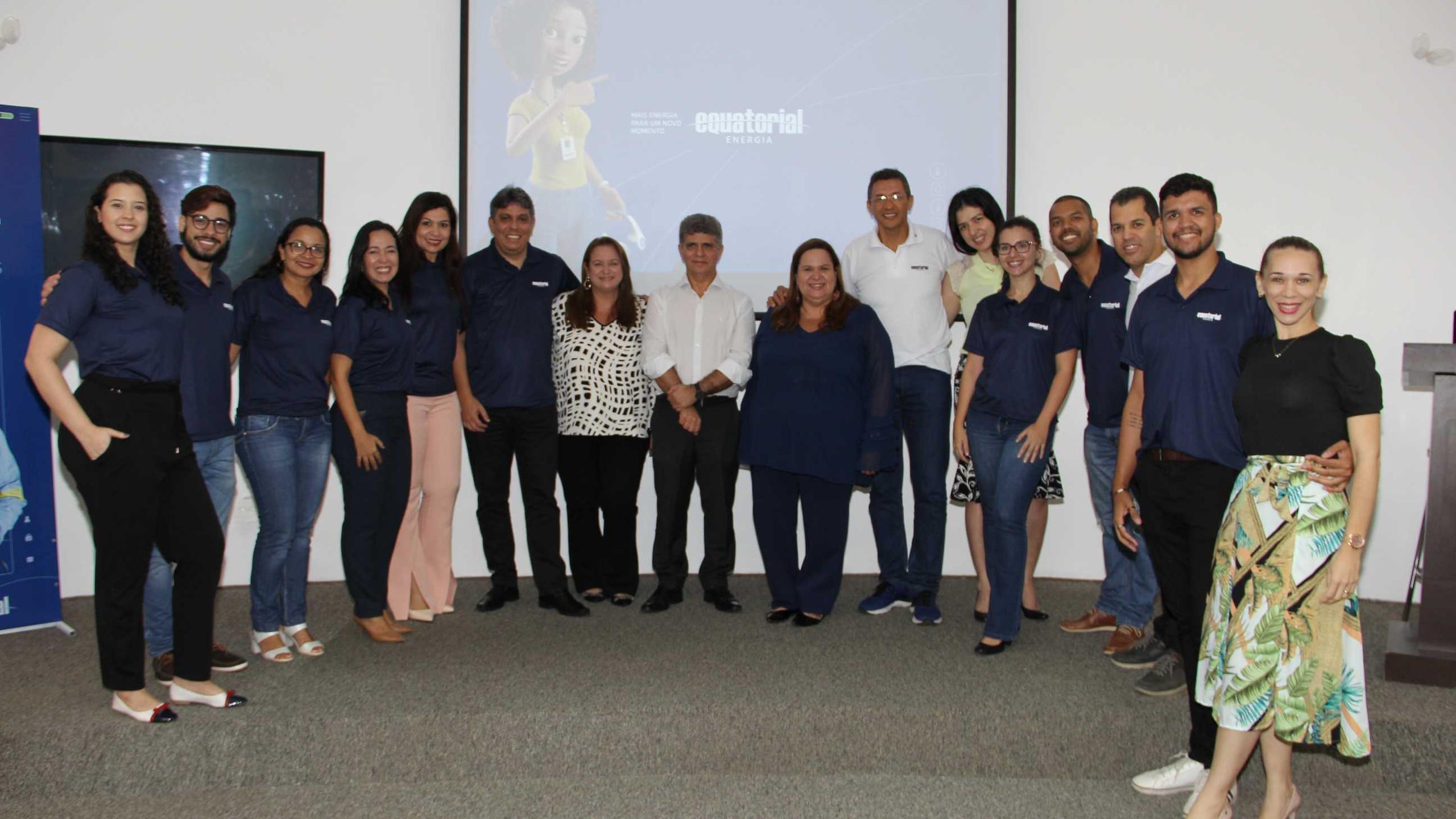 Augusto Miranda e Augusto Dantas com as Assessoras de Imprensa Adriana e Danielle Vieira e a Equipe de Comunicação e Marketing da Equatorial MA.