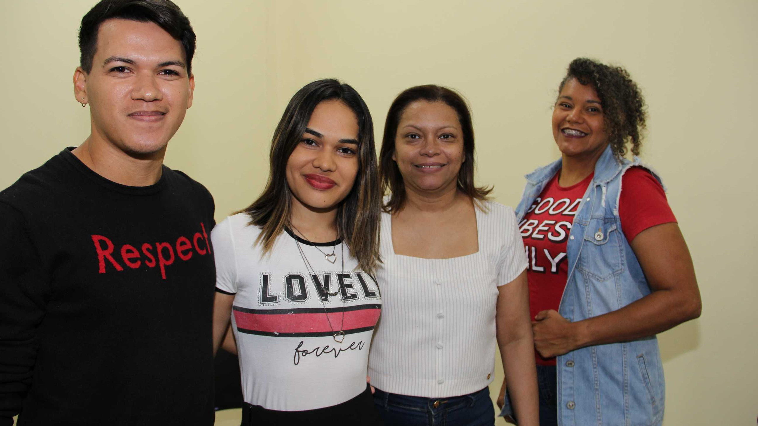 Diogo Santos, Milena Ribeiro, Ana Paula e Núbia Tavares.