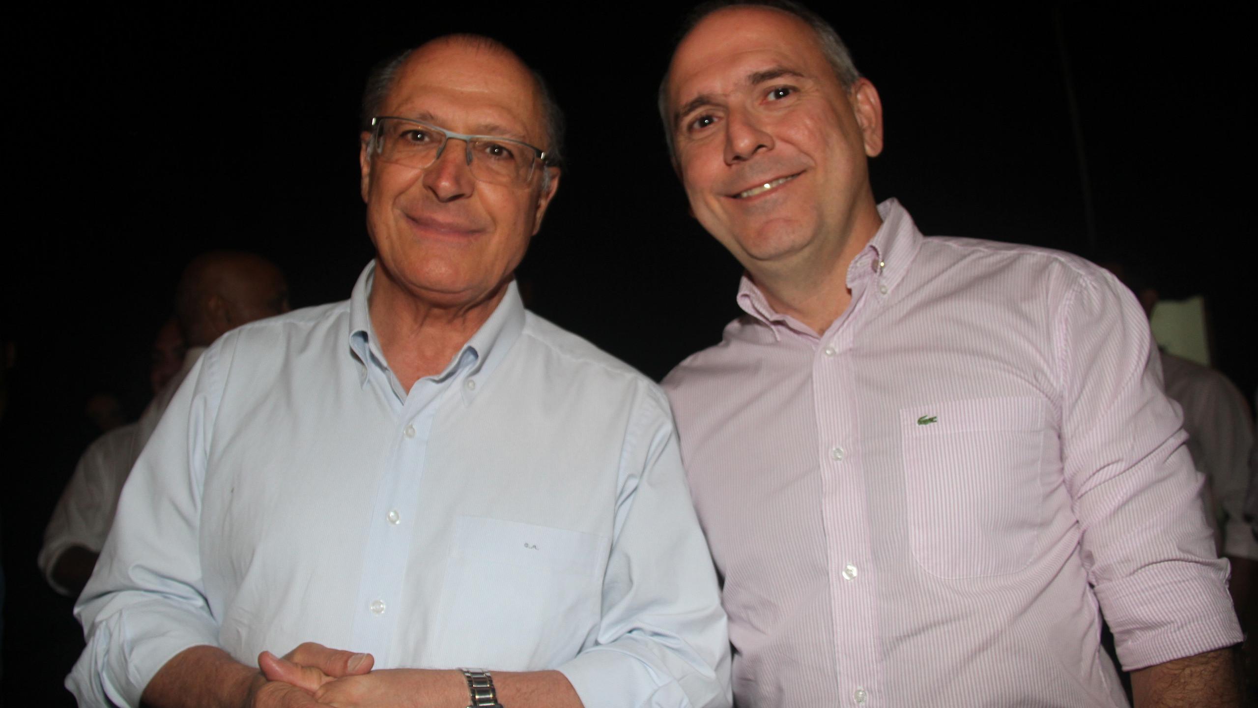 O tucano Geraldo Alckmin com o Pres. da CDL São Luís, Fábio Ribeiro.