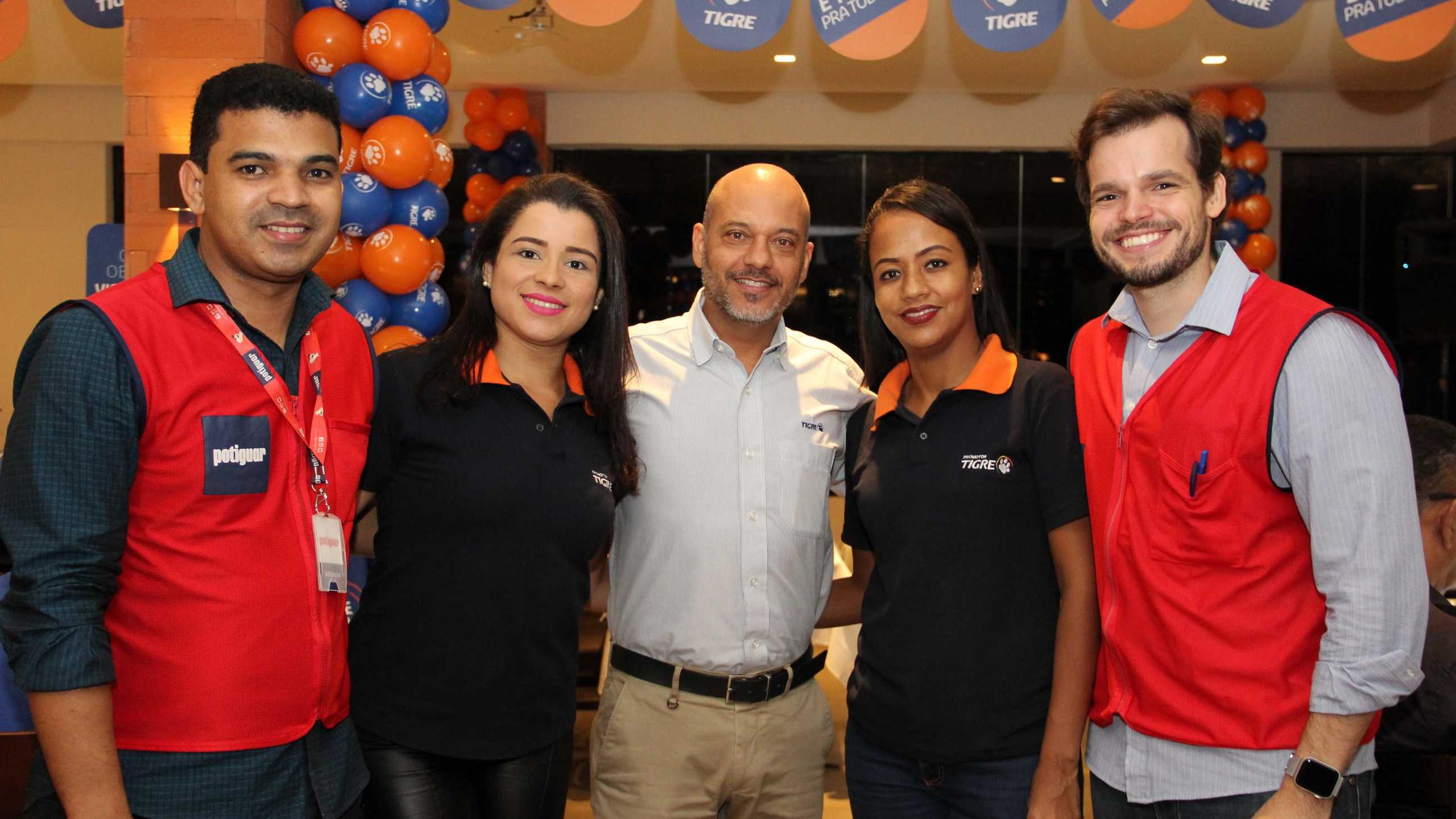 Anderson Penha, Alessandra, Roberto Abreu e Suzy (Tigre) e Rafael Salomoni (Potiguar).