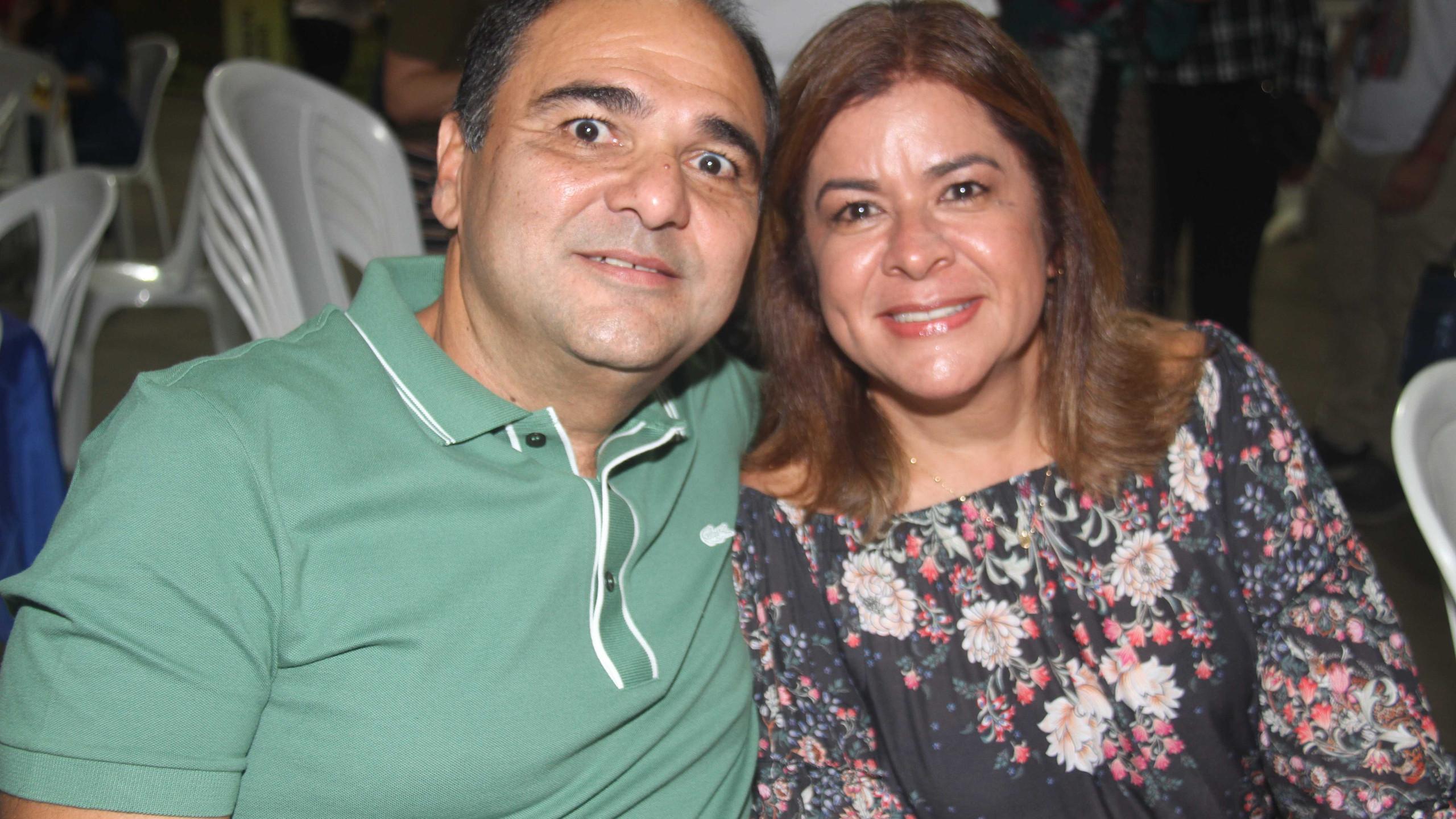 O diretor da Equatorial Humberto Nogueira e sua esposa Mônica Fracassi.