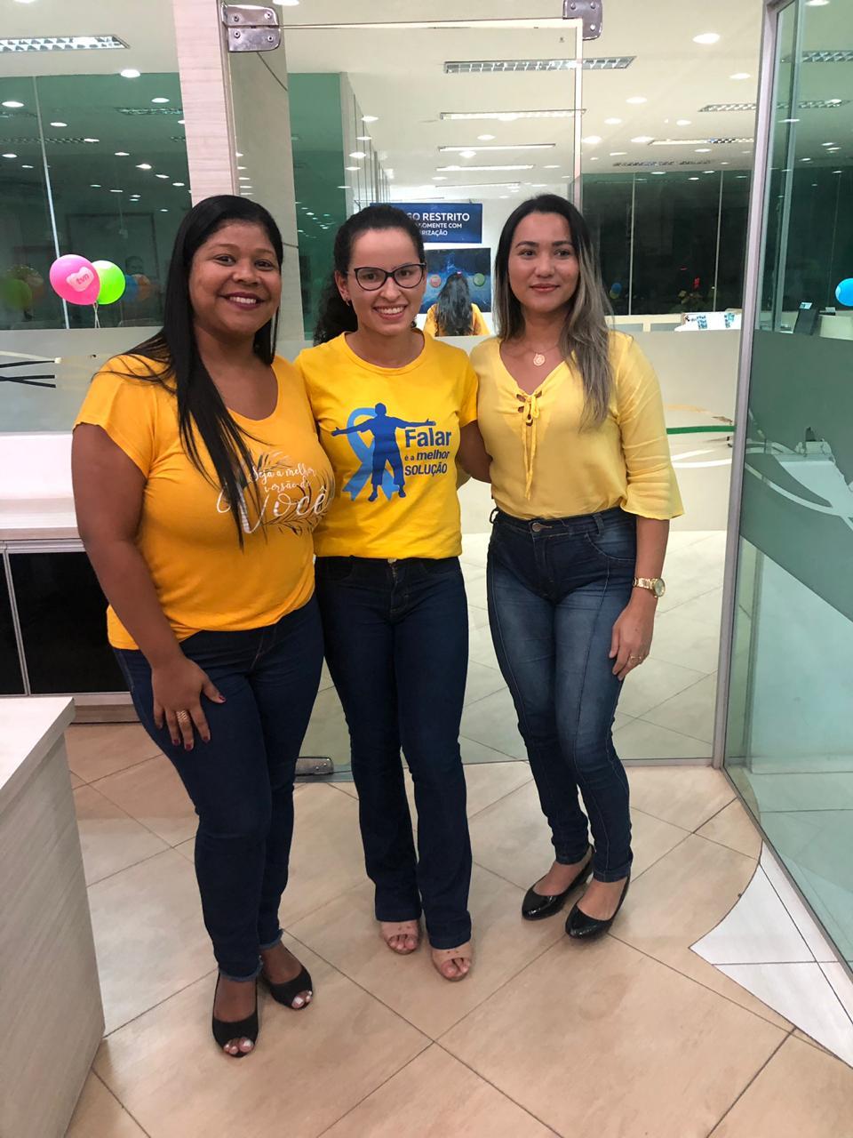Janice Fernanda, a palestrante Dayhellen Sodré e Júlia Patrícia.