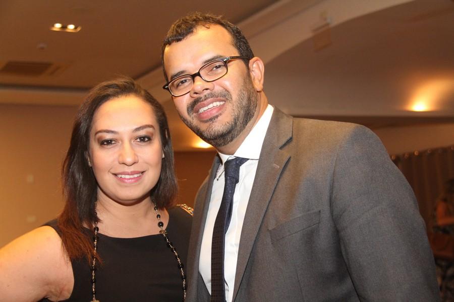 O casal Karina e Duarte Jr.