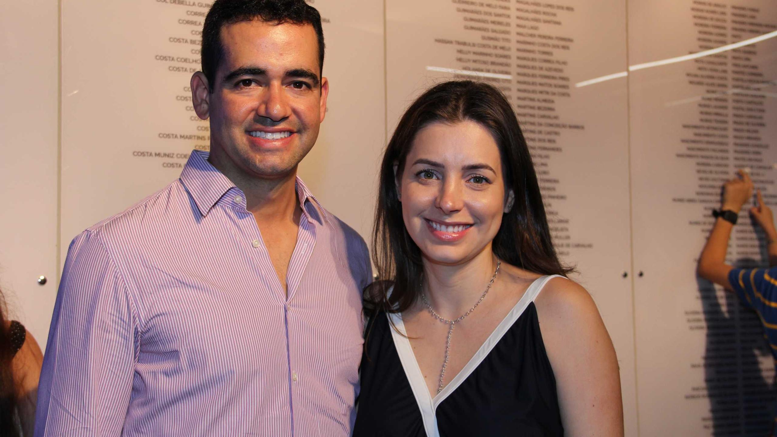 Gabriel e Roberta Caracas.