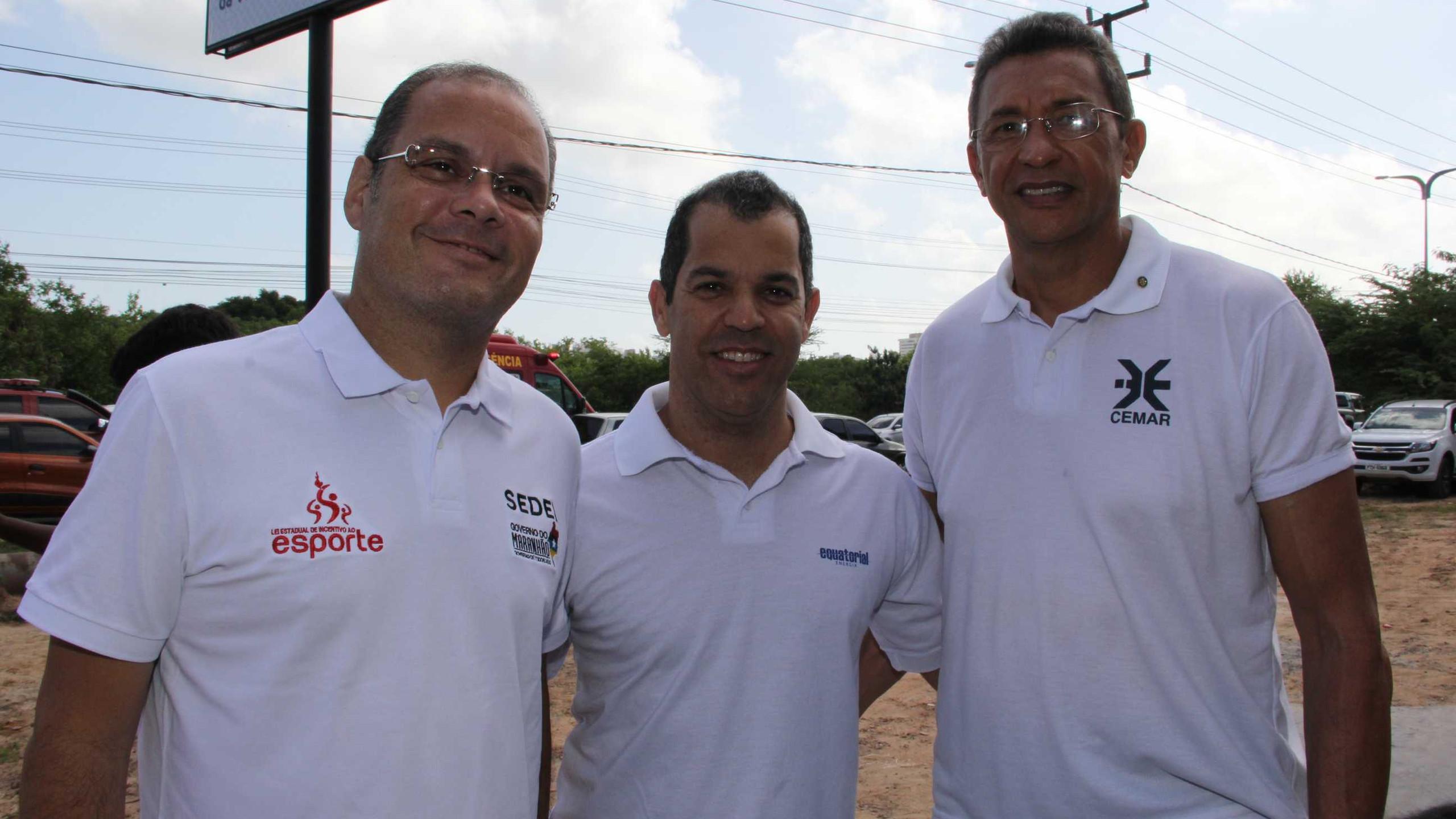 O Sec. de Esportes Rogério Cafeteira com Carlos Hubert e Luis Carlos Cardoso (Cemar)