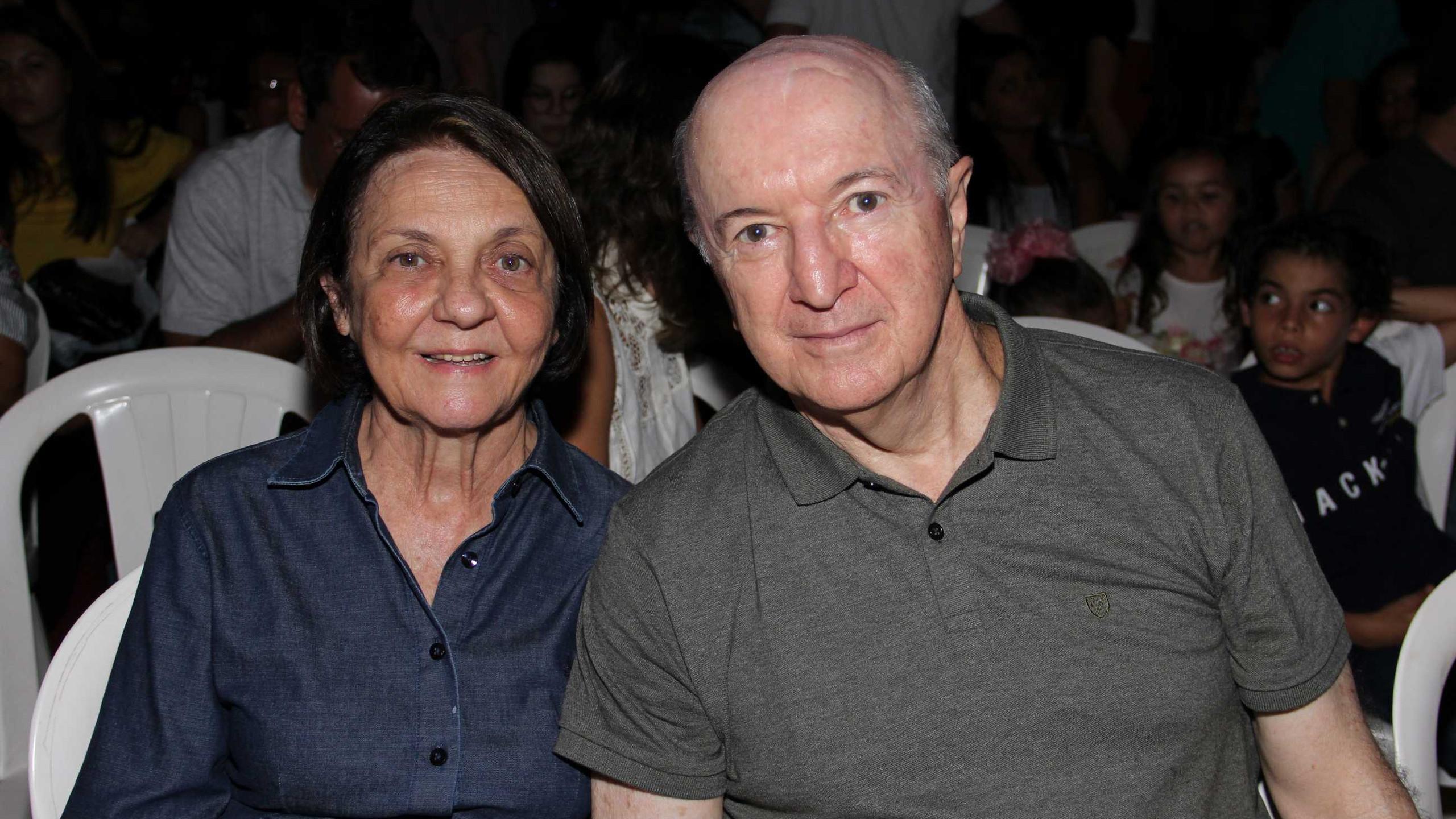 O casal Roselane e Moacir Col De Bella.