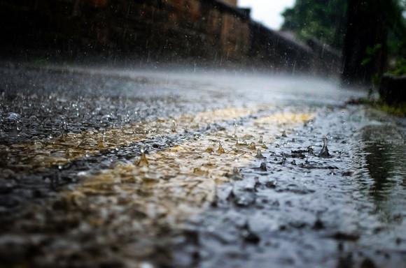 Equatorial Maranhão orienta sobre os cuidados com energia elétrica no período das chuvas