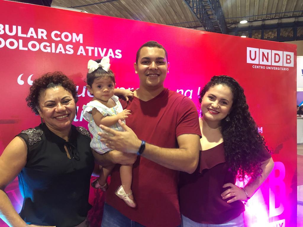 Lucilene Reis (UNDB),Vinícius Reis, Gabriela e Helena Valverde.