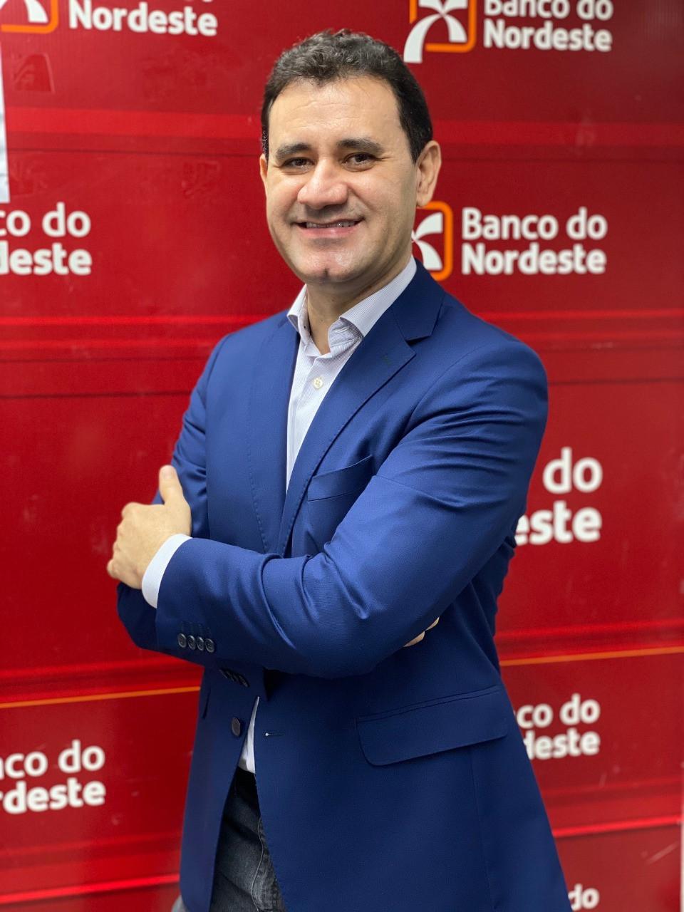 CDL SLZ PROMOVE LIVE SOBRE SOLUÇÕES DE CRÉDITO DO BNB NA TERÇA (28.04)
