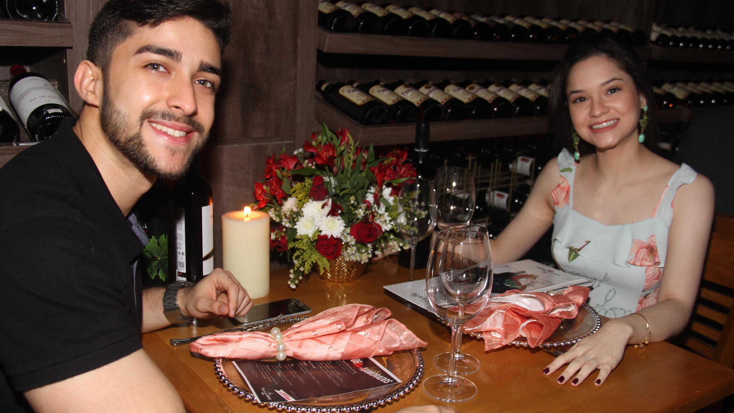 Saul Campos e Caterine Abreu.