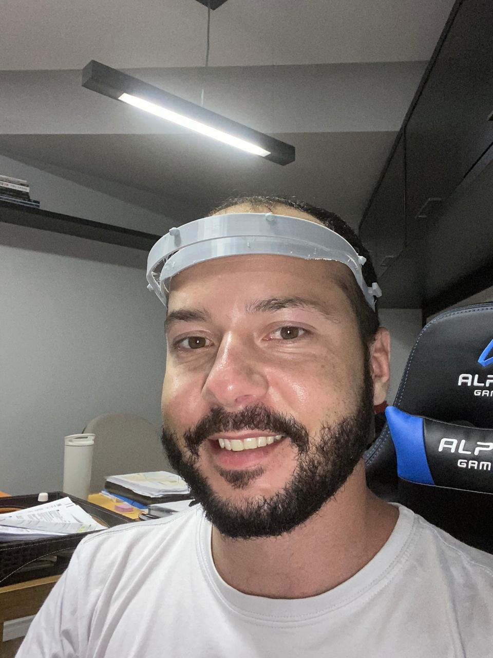O professor do Curso de Engenharia da UNDB Thiago Coelho é um dos voluntários do projeto.