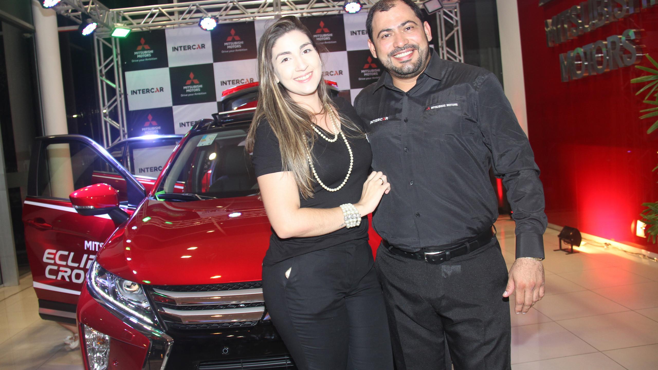 Gabriella Batalha com o noivo João Bosco, Ger. Geral da Intercar.