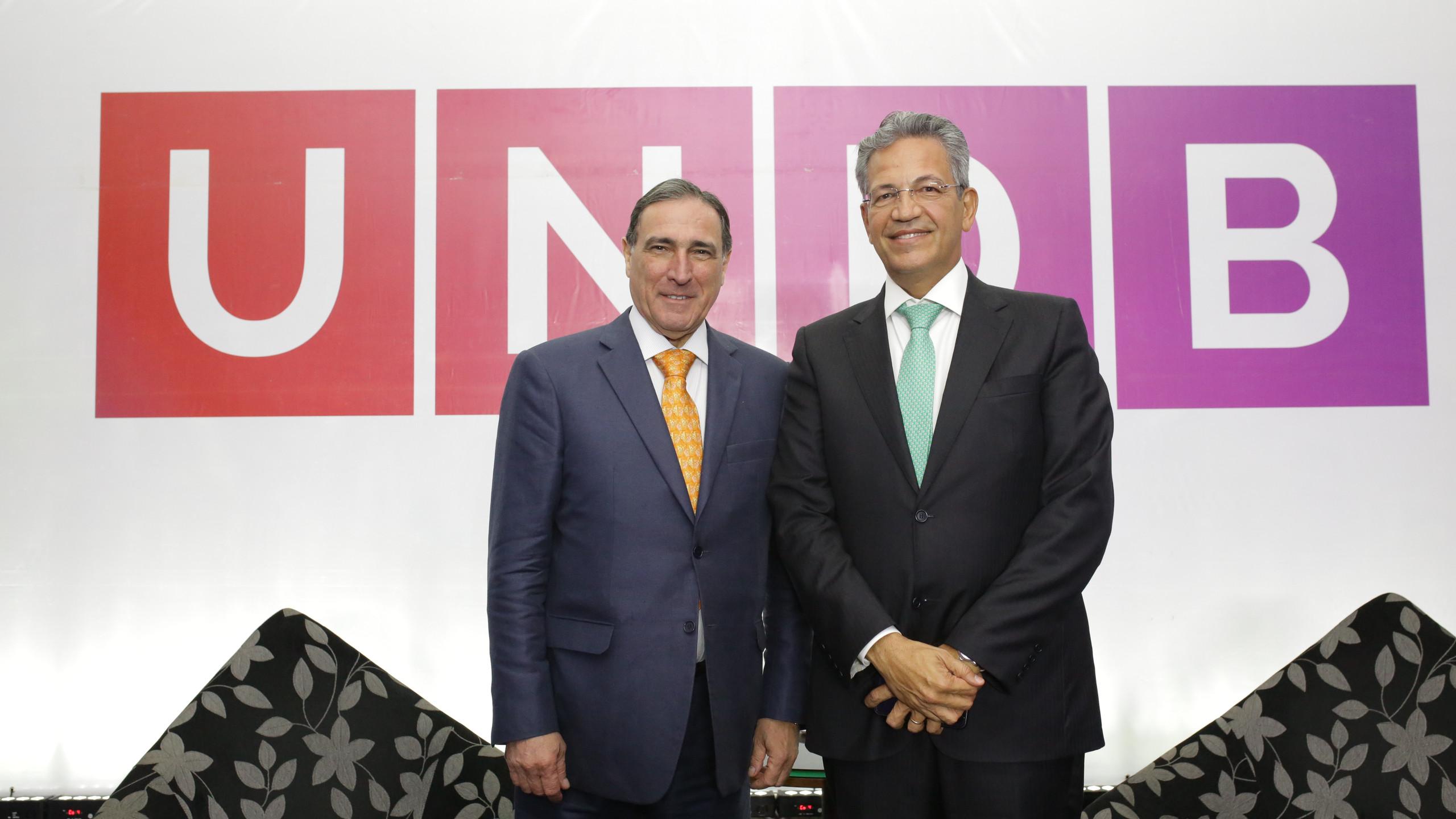 Os Ministros do STJ Paulo Moura Ribeiro e Mauro Campbell Marques, conferencistas que encerraram a XV Jornada Jurídica da UNDB.
