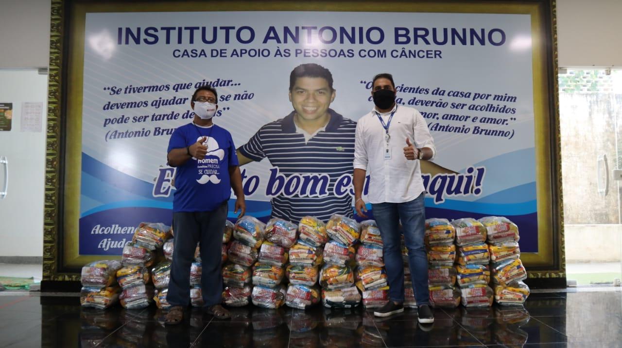 Francisco Oliveira do Instituto Antônio Bruno recebeu as castas básicas de Luiz Antônio da Equatorial MA