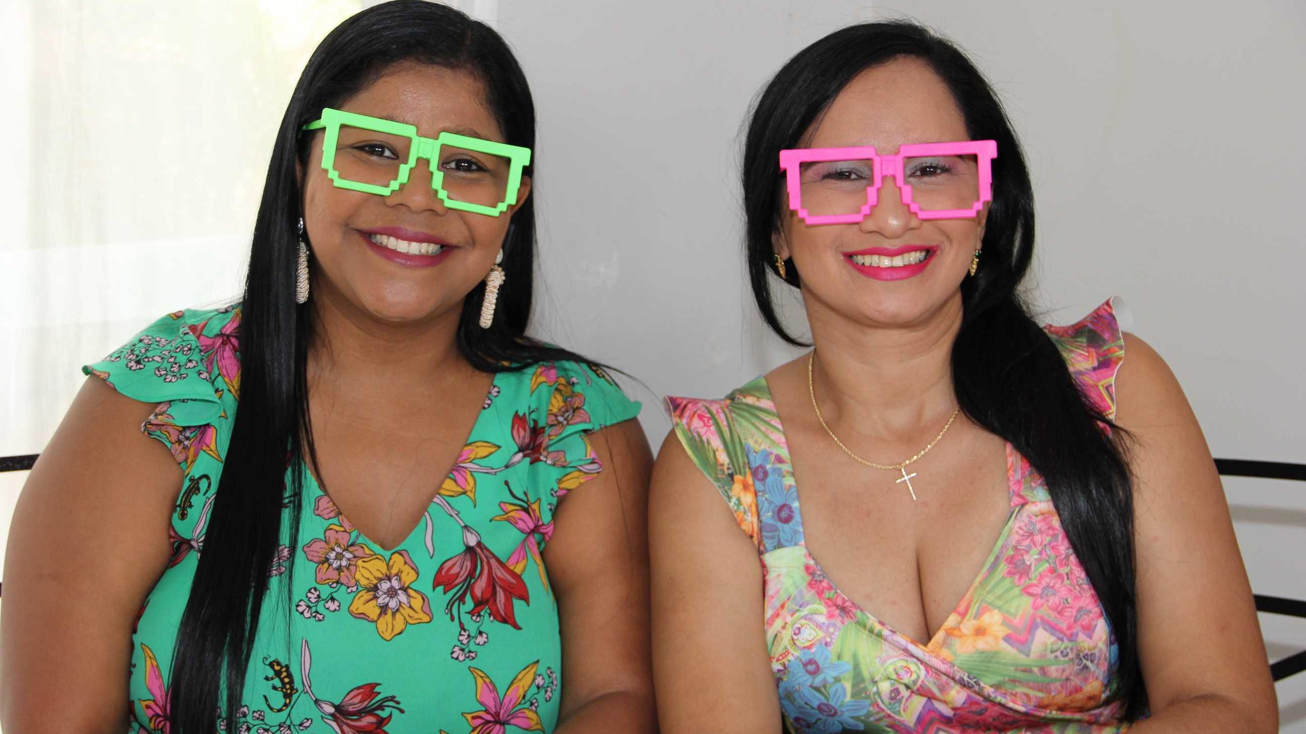 Janice Dias e Milena Barros.