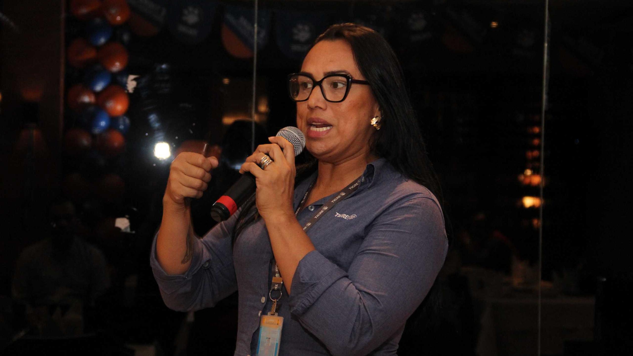 Palestra técnica com a agente de trade marketing da Tigre Joselma Pinto.