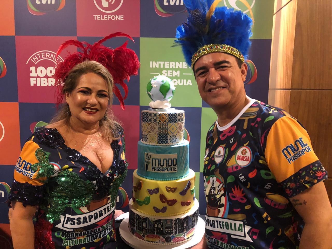 Os anfitriões Madalena Nobre e Marcos Davi.