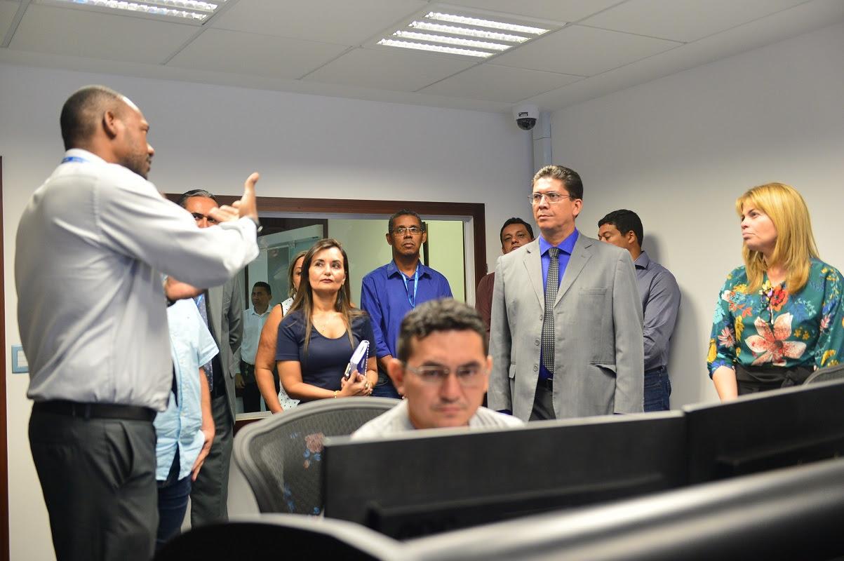 Visita do secretário Jefferson Portela ao Detran-MA.