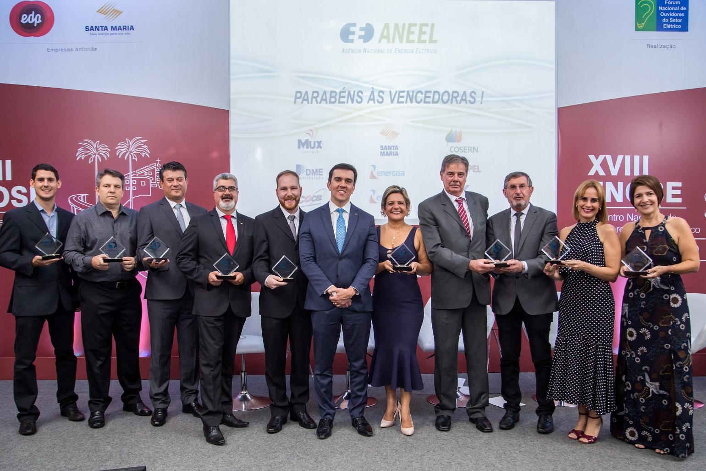Representantes das Distribuidoras de energia elétrica do Brasil, eleitas com a melhor ouvidoria: Ubirajara Silva- COPEL, Aparecida Oliveira- COSERN e Márcia Lins- Cemar