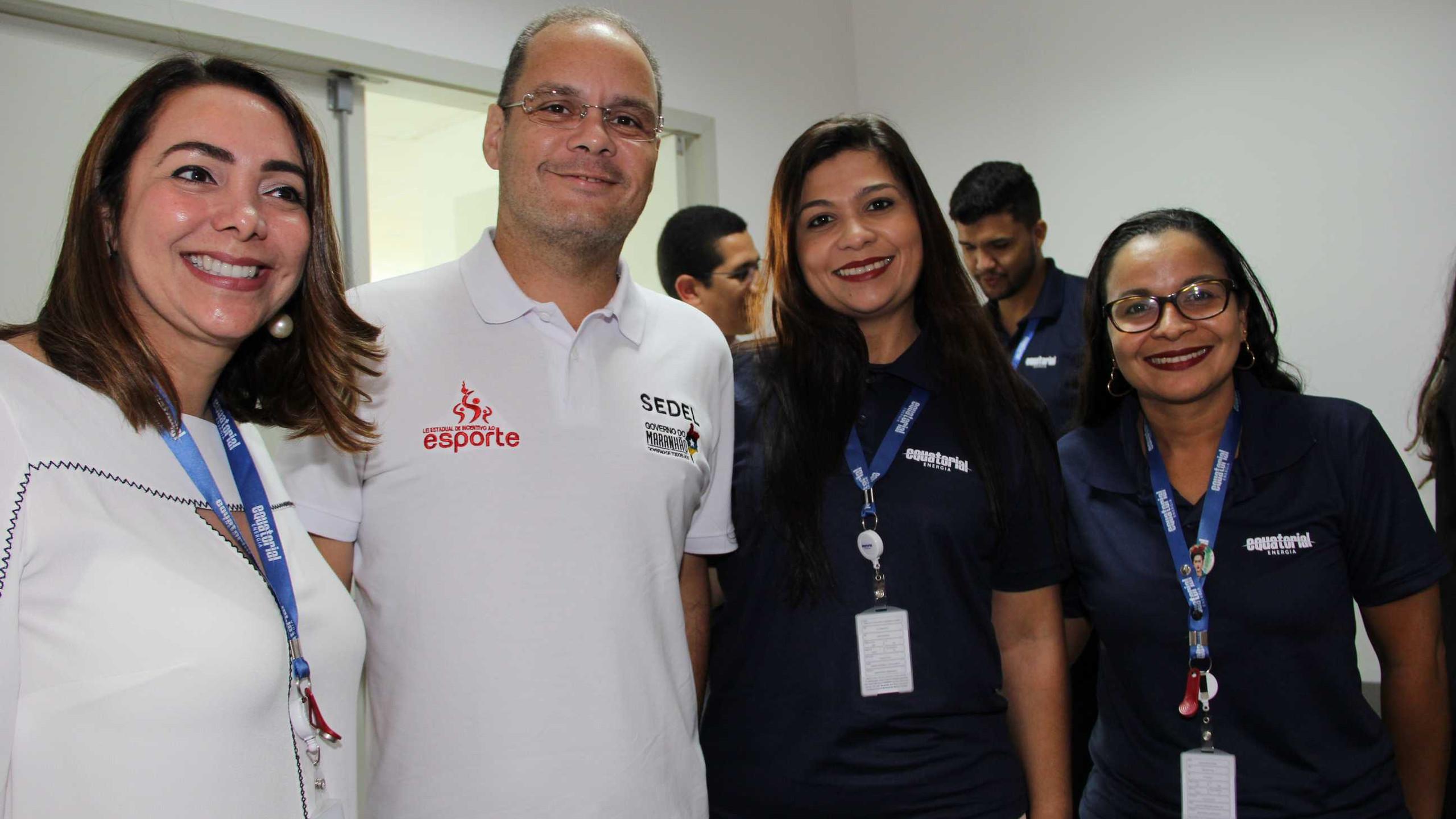 aqueline Guimarães, o Sec Esporte e Lazer Rogério Cafeteira, Francila Soaeres e Jeane Pires.