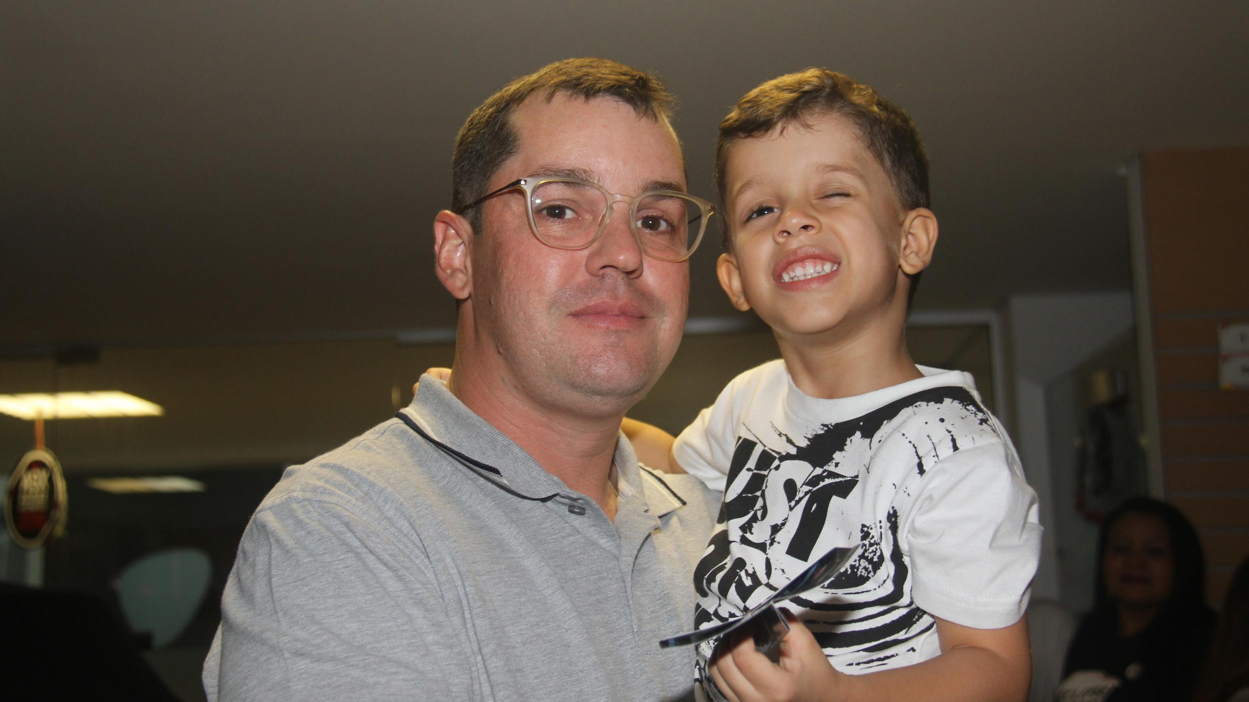 Alexandre Sopas com o filho Bernardo.