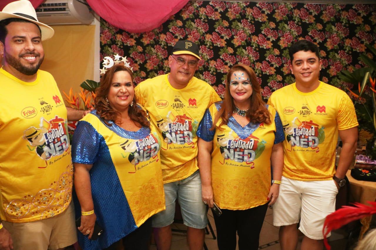 Werther Bandeira (Villa do Vinho), Beto Soares com Danielle Vieira, José Domingues Neto e Adriana  Vieira.