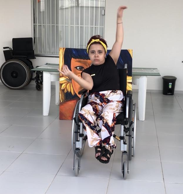 A bailarina Luana Sousa fez uma demonstração da sua arte e emocionou a todos na entrega das doações.