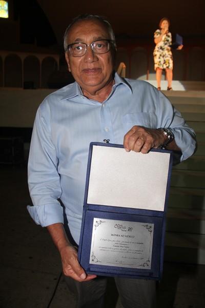 Gastão Vieira, que quando deputado federal foi o autor do projeto que concedeu o Prêmio Darcy Ribeiro, maior comenda da educação nacional, ao projeto Ópera para Todos.