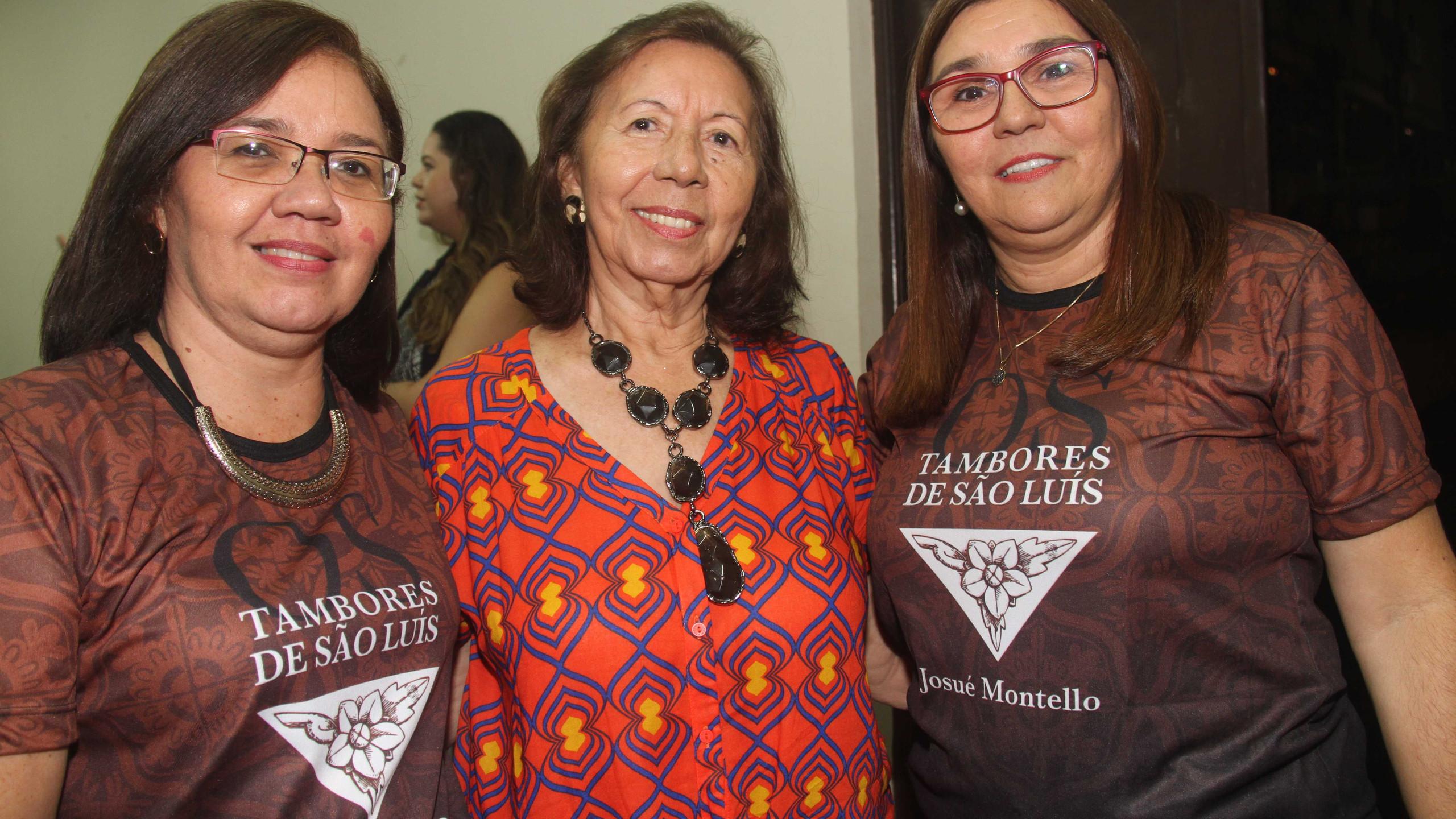 A bibliotecária Wanda França de Sousa, Mirian Angelim da Academia São Pedroense de Letras e a gestora da Casa de Cultura Josué Montello Joseane Souza