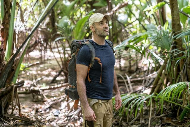 No mês de maio, começando nesse sábado (02.05) no canal Discovery às 18H tem o especial Mês do Ed Stanfford, o aventureiro que enfrenta desafios nas regiões mais inóspitas do planeta.