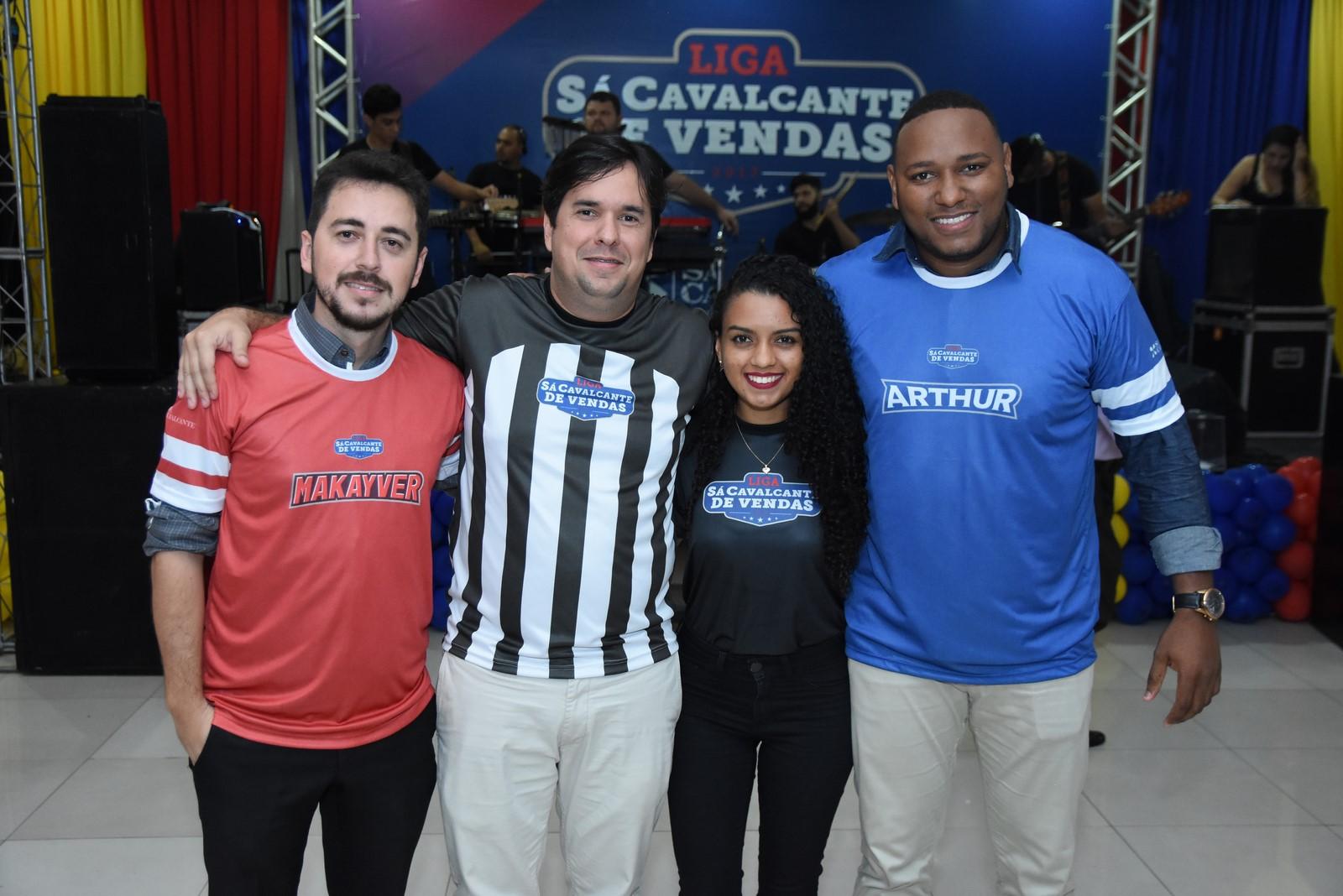 Paulo Makayver (Gerente de Vendas Sá), Diego Freire, Raissa Silva (Comercial Sá Cavalcante) e  Arthur Santos (Gerente de Vendas Sá)