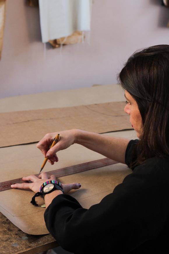 "Novo módulo do curso ""Descomplicando a modelagem"" ensina sobre tipos de mangas de roupas"