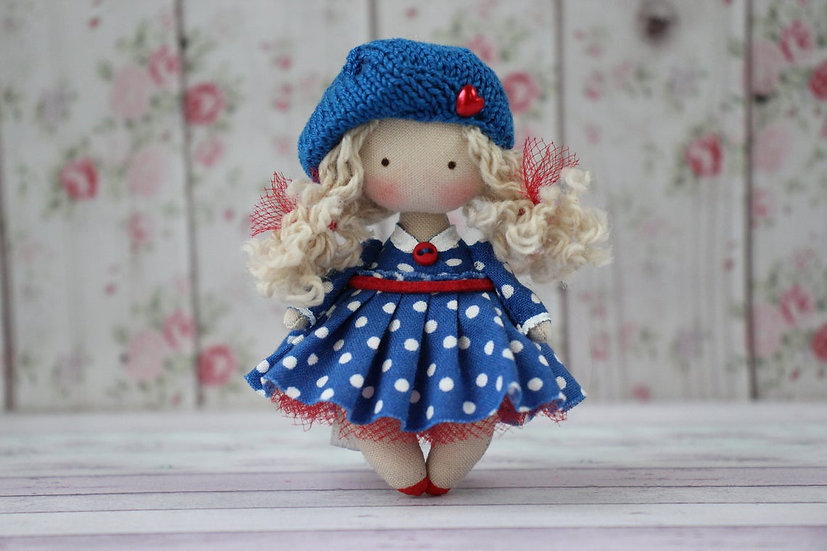 Doll Collection 1:12th Collectible Miniature Fabric Handmade Doll for Dollhouse blonde