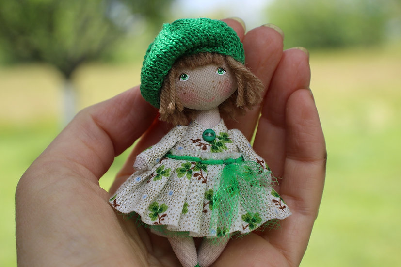 Cute mini rag doll lucky shamrock clover