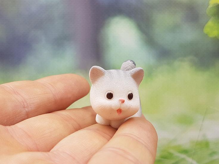 Curiosa figura de gato en miniatura, Gato de resina para casa de muñecas, Gato de dibujos animados para terrario