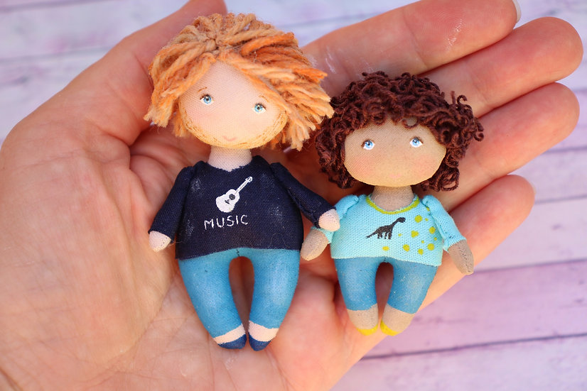Cloth art portrait dolls father and son