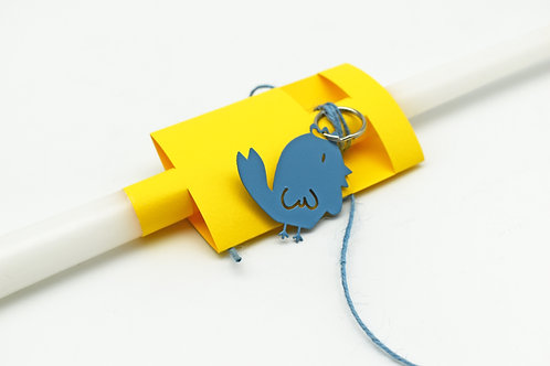 Easter candle with blue chick key ring