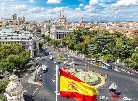 Spain enters steep recession, wiping out six years of growth
