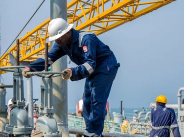 Nigeria Passes Oil Reform Bill but Governors Want Power Shift