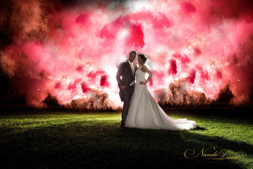 WEDDING PHOTO SMOKE BOMBS