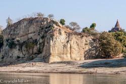 Bagan - Falaise
