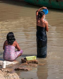 Irrawaddy - Femmes