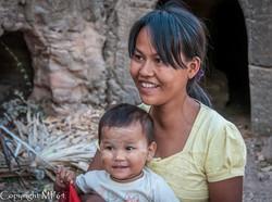 Monywa - Femme et Enfant