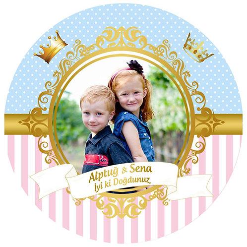 Abi Kardeş veya İkiz Kardeş Kişiye Özel Yapışkanlı Sticker Etiket 8 cm