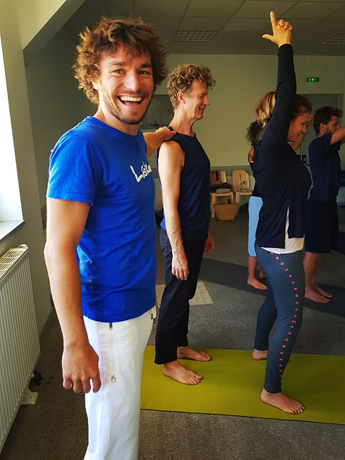 Lukas & Yoga 11.jpg