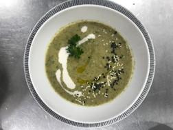 Broccoli-potato soup Bali