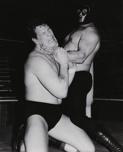 Bobo Matu vs Dave Taylor