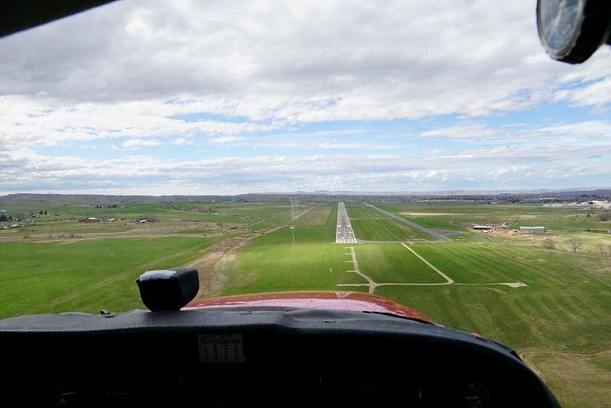 KSHR Runway