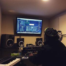Ricky Swan on the controls ... Run it!!!