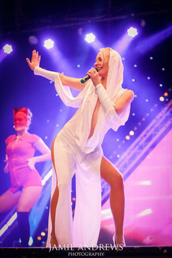 Kylie On Show Kylie minogue tribute
